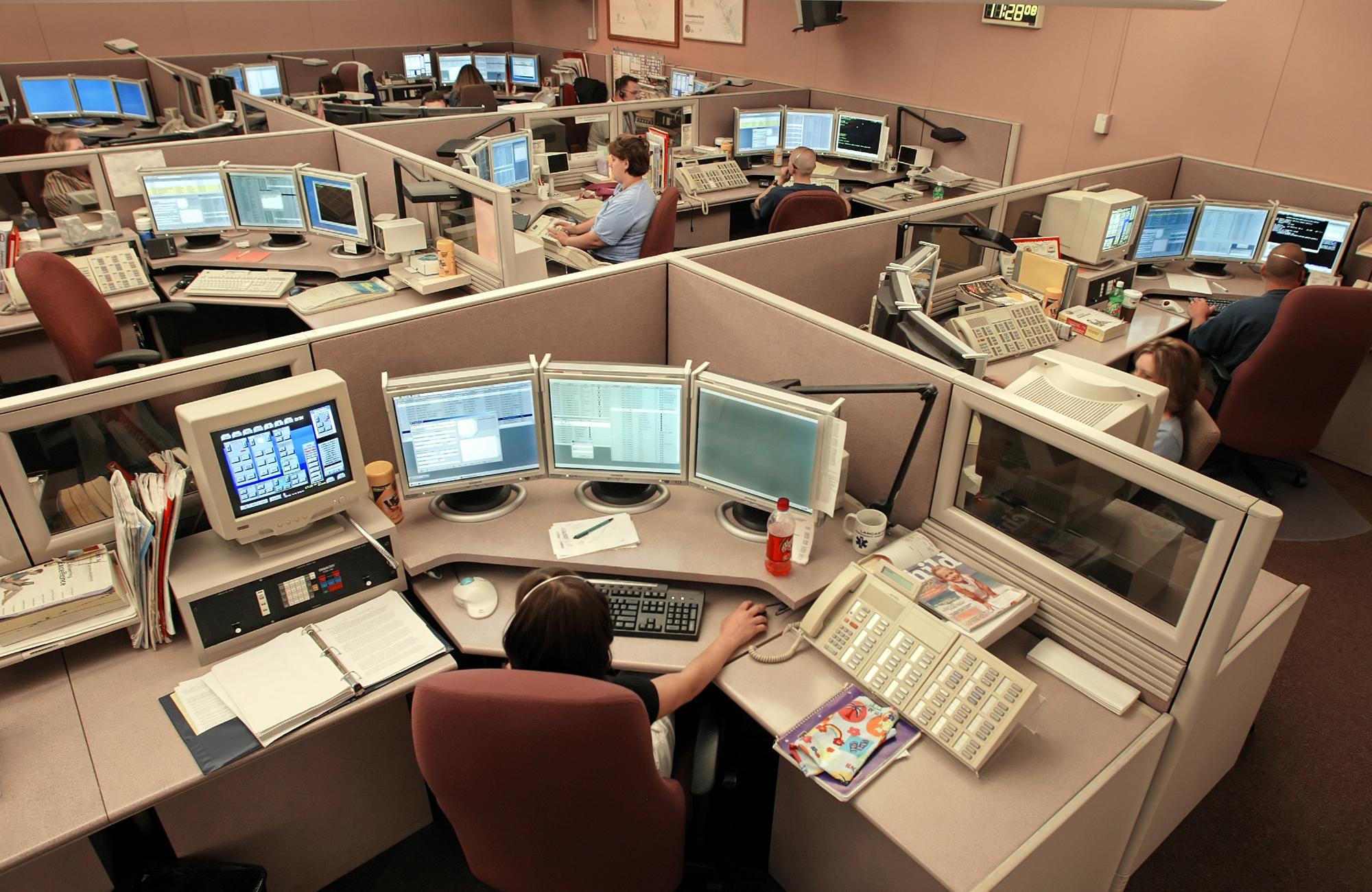 911 CALL CENTER DISPATCHERS_125649