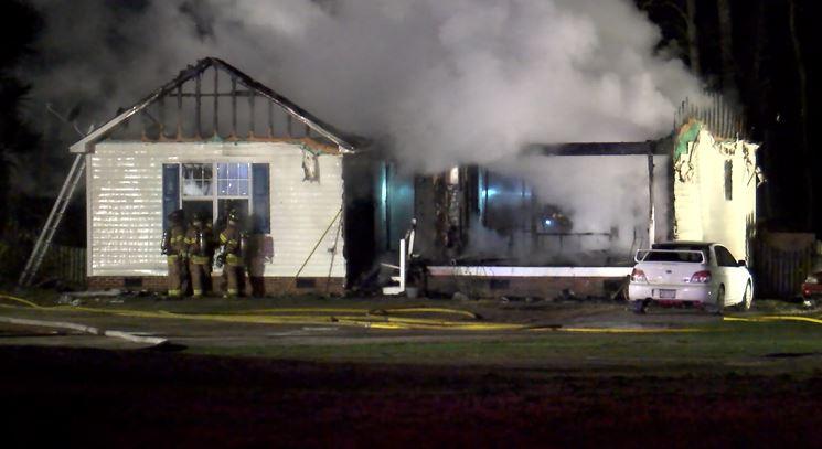 porchlight lane fire4_119602