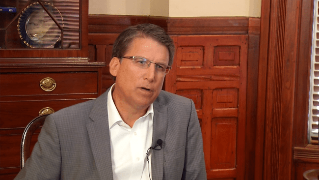Gov. McCrory_101651