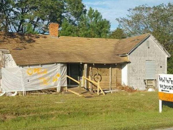 clarkton-haunted-house_282918