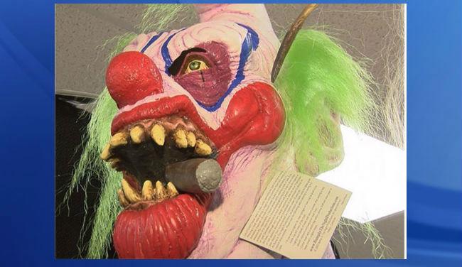 clown-costume-wbtv_276319