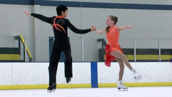 triangle-skaters_320988