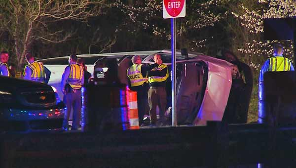 2 killed in Raleigh crash during police chase that began in