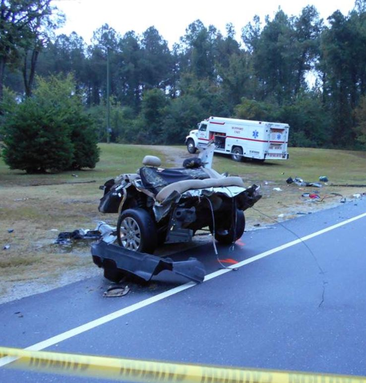 2 killed in NC head-on crash with 18-wheeler