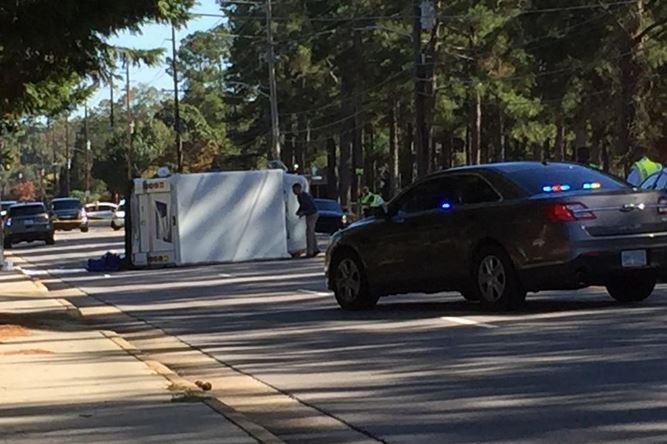 fayetteville mail truck crash_519777