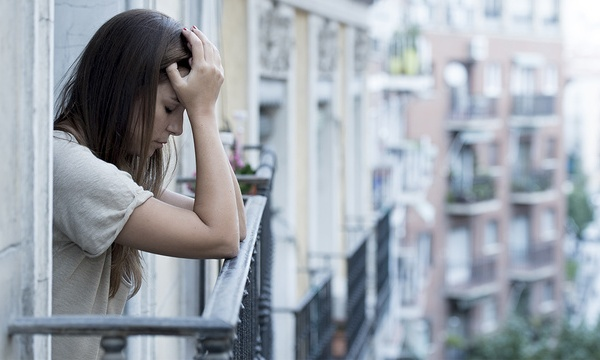 depressed-stressed-woman-outside_1514502212866_326964_ver1-0_30708151_ver1-0_640_360_559436