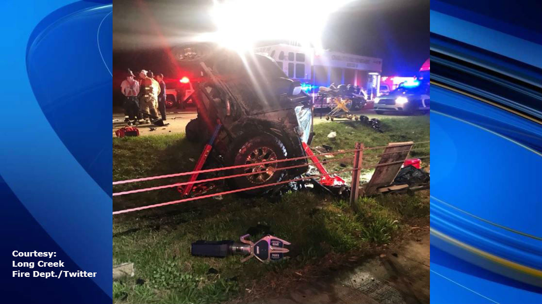 Young NC woman and man die in head-on crash