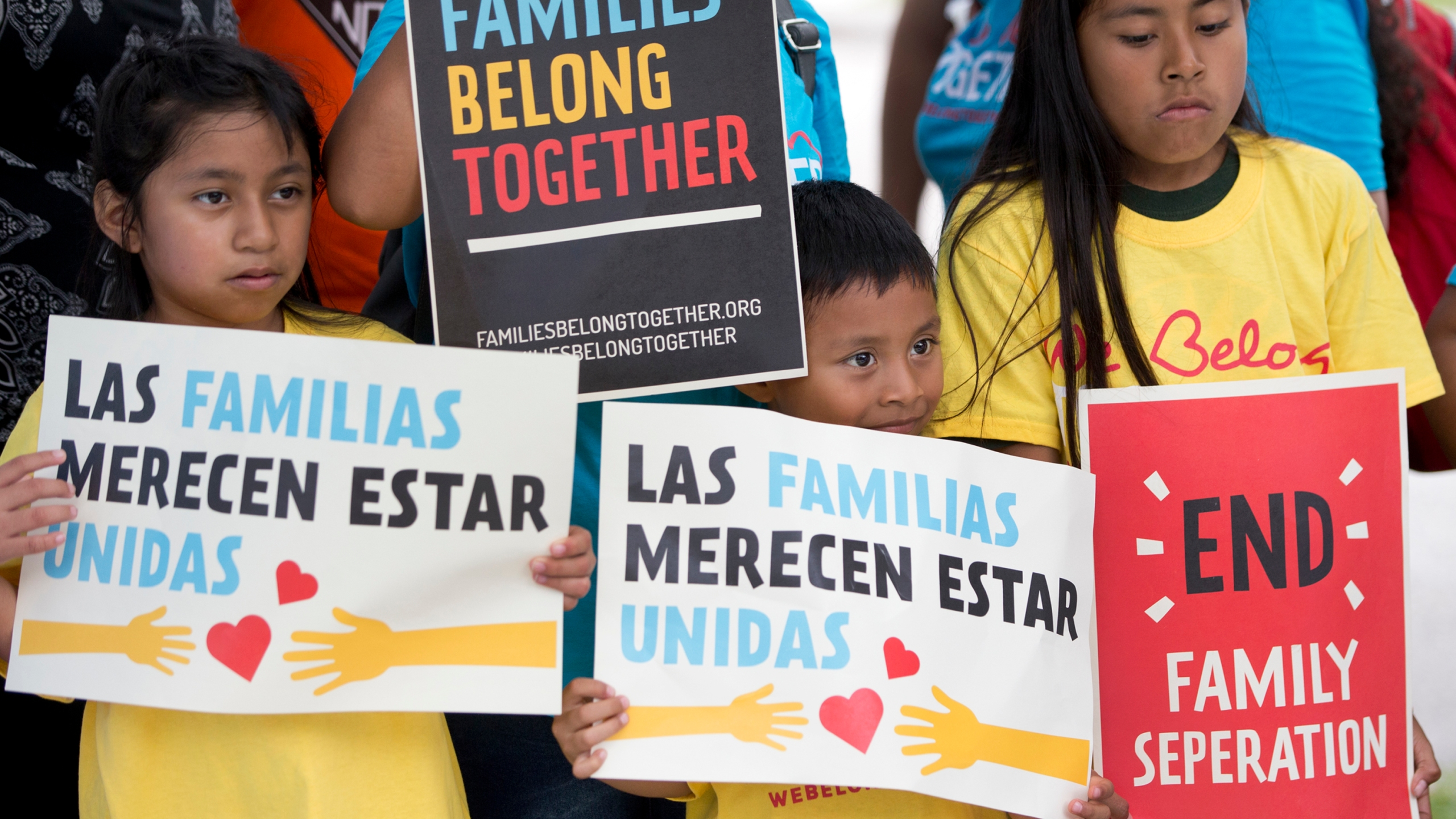 Immigration_Separated_Families_68791-159532.jpg85312561