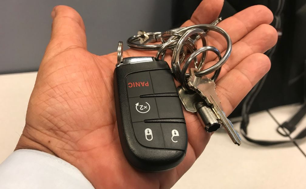 Car thieves now intercepting key fob signals for remote-control heists
