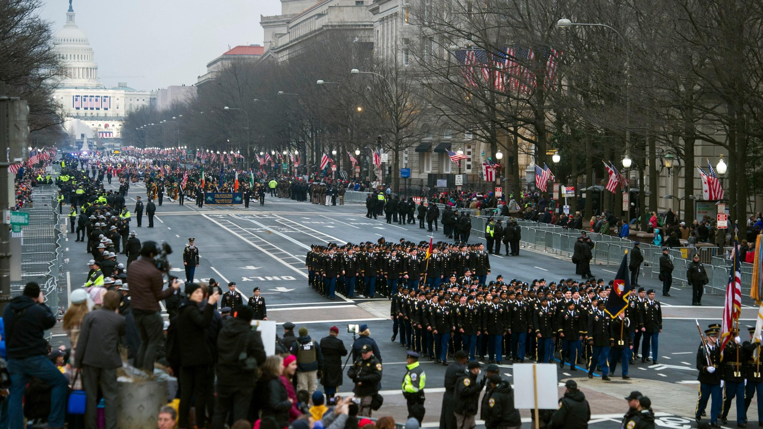 Military_Parade_54350-159532.jpg00338553