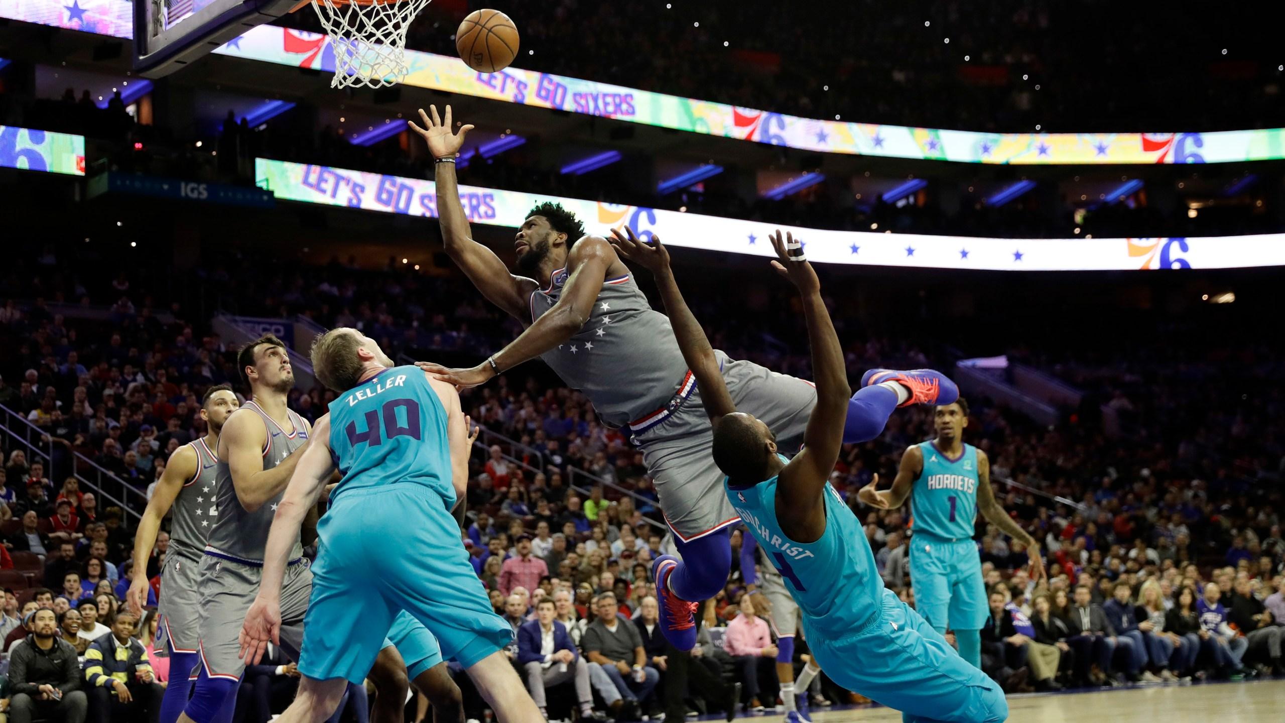 APTOPIX Hornets 76ers Basketball_1541830367959