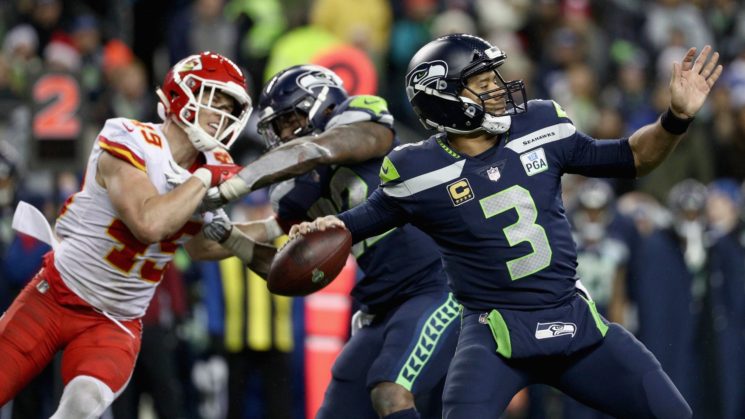 Russell Wilson Seahawks Clinch Playoff Berth Outlasting