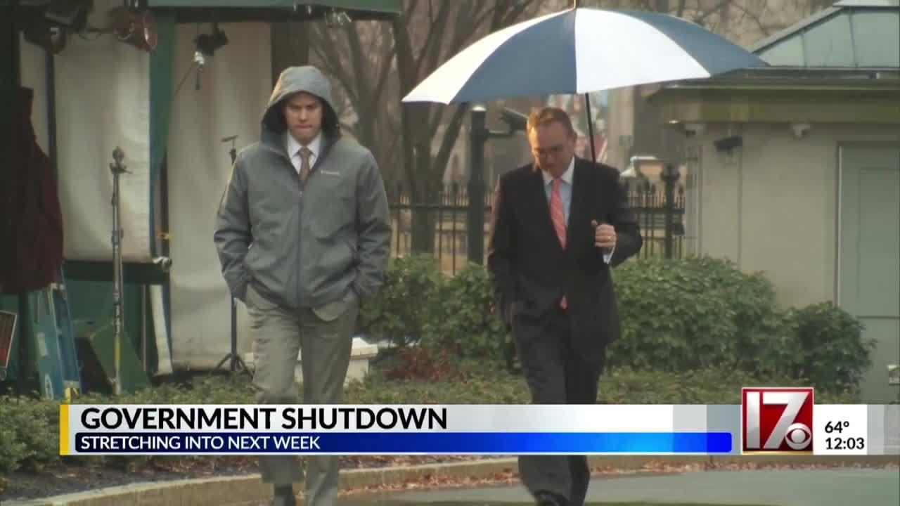 Partial_US_government_shutdown_to_drag_i_7_20181228171916