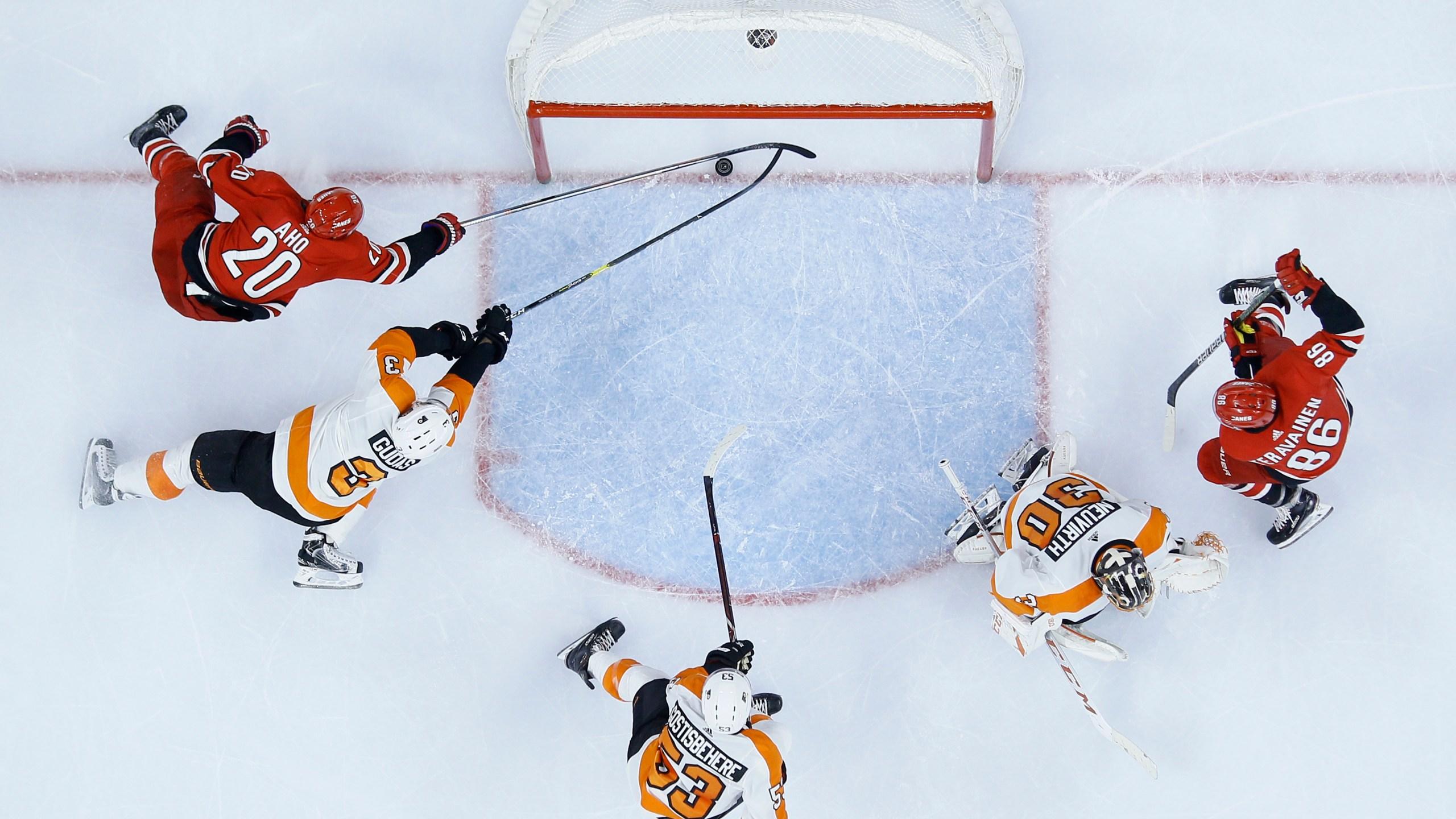 Hurricanes Flyers Hockey_1546573136737