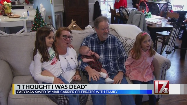 Mail On Christmas Eve 2019.Cary Man Home From Hospital After Mail Carrier S Cpr Saves