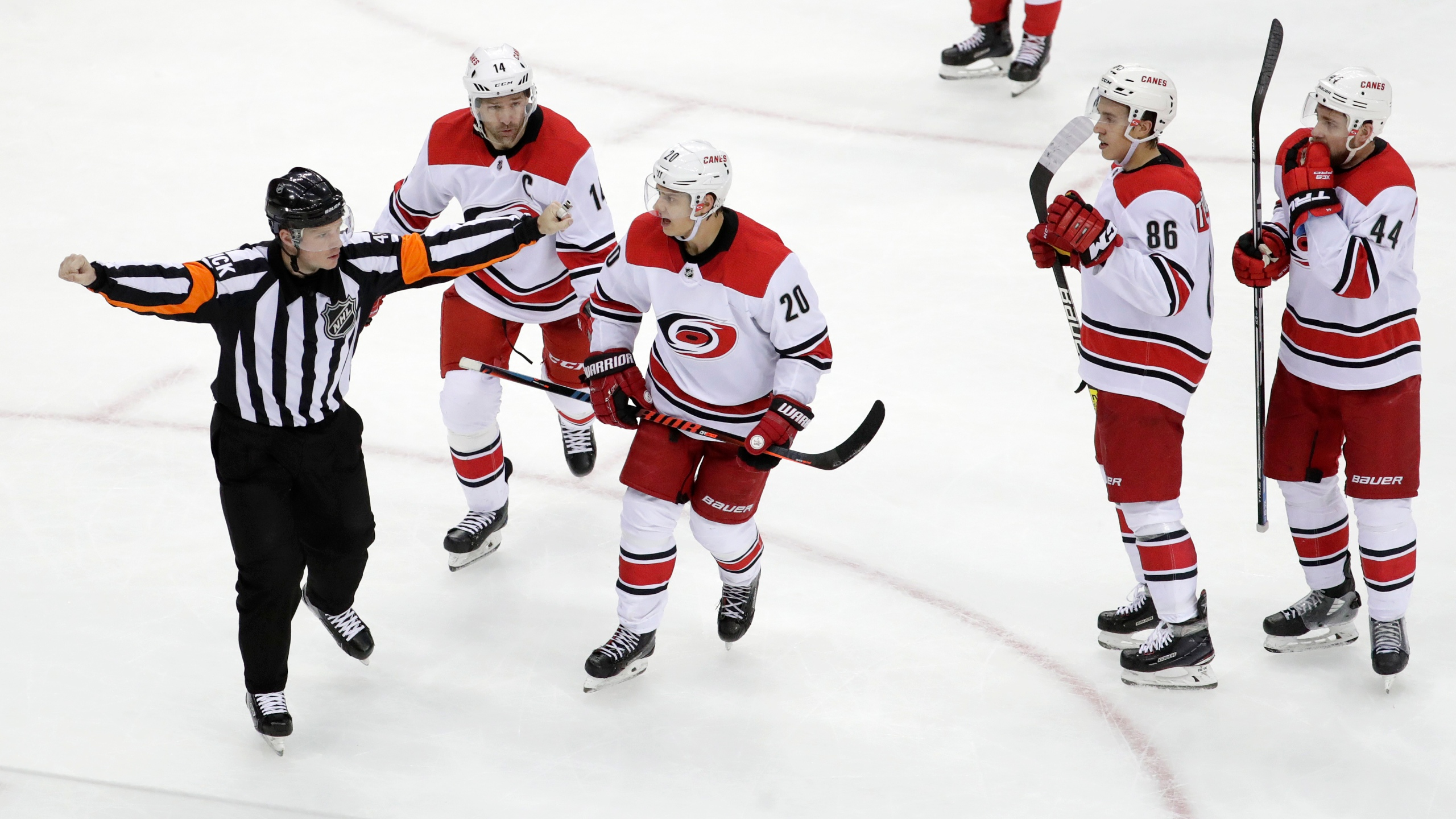 Hurricanes_Devils_Hockey_00376-159532.jpg30325902