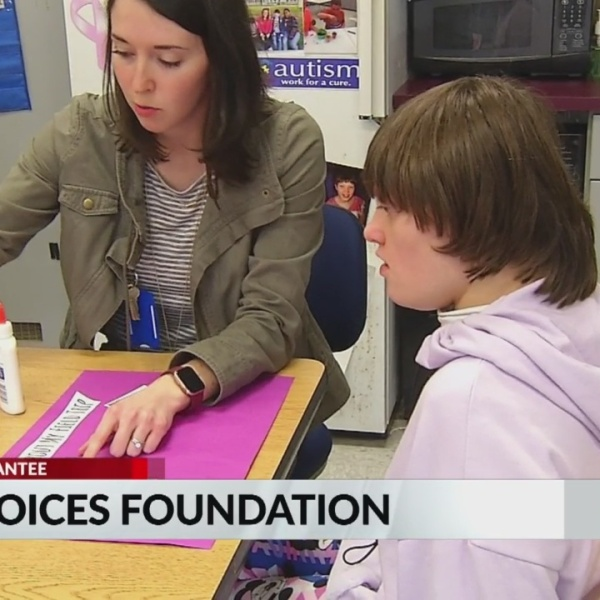 New_Voices_Foundation_helps_students_who_9_20190130230649