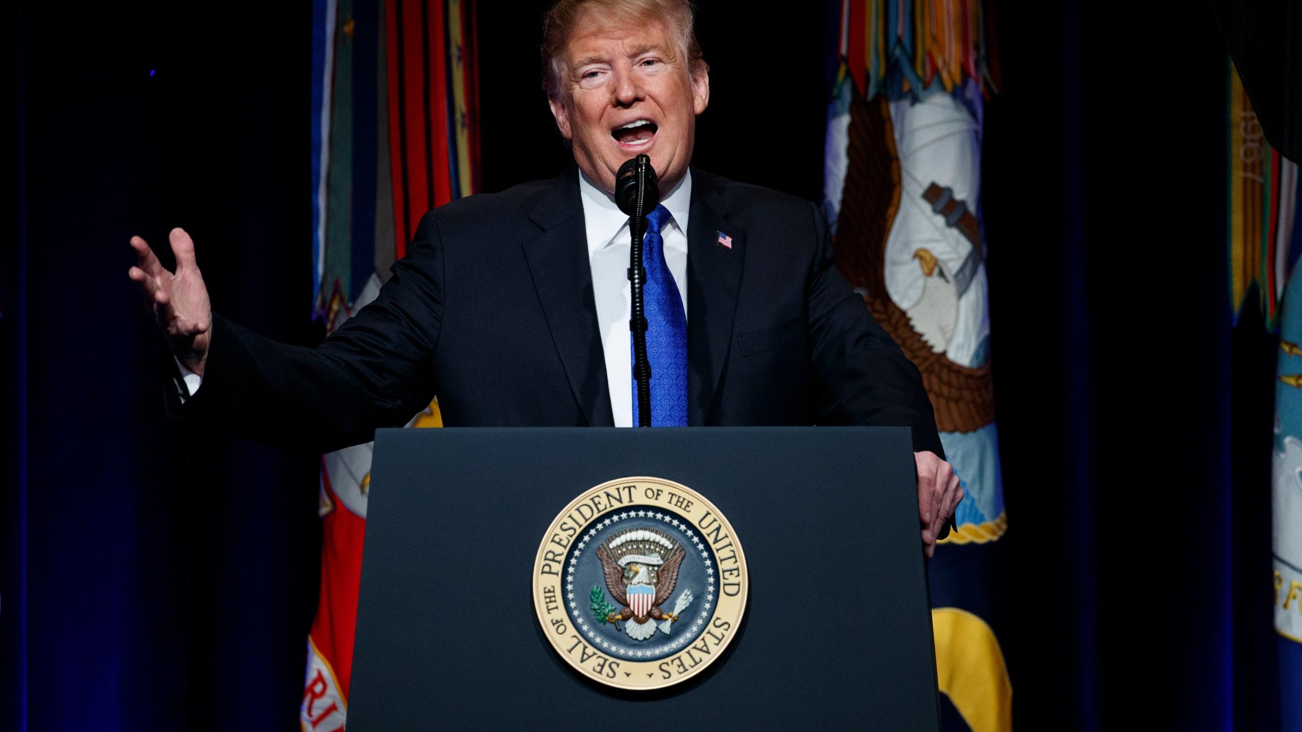 Trump_26336-159532.jpg78175105