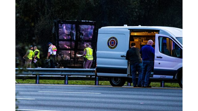 florida 7 killed crash 2_1546614289304.jpg.jpg