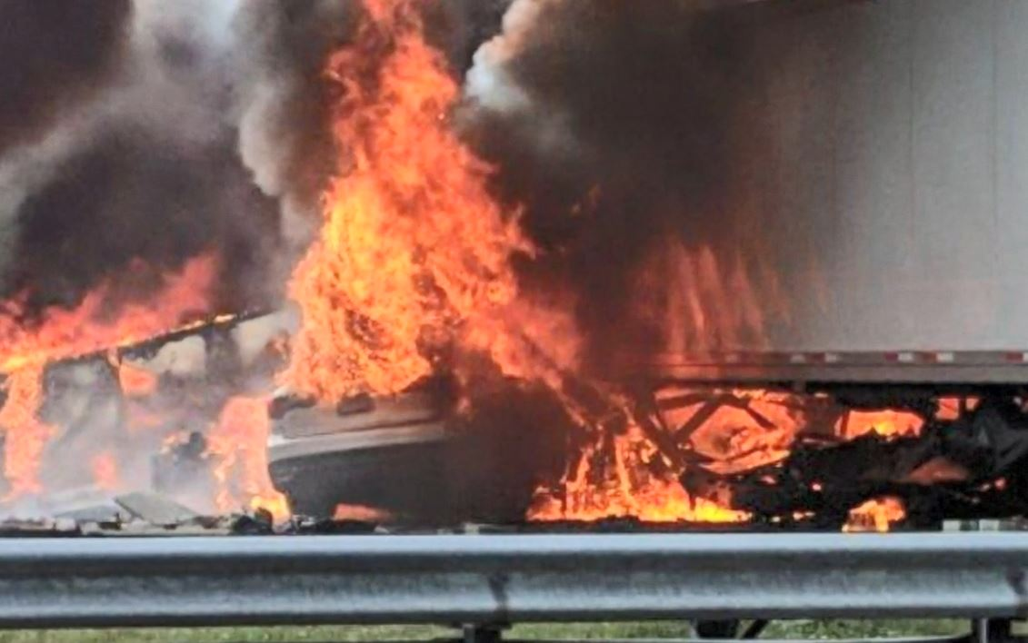 florida 7 killed crash_1546614290207.JPG.jpg