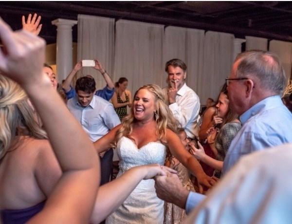wedding pic_1547502576014.jpg-846652698.jpg