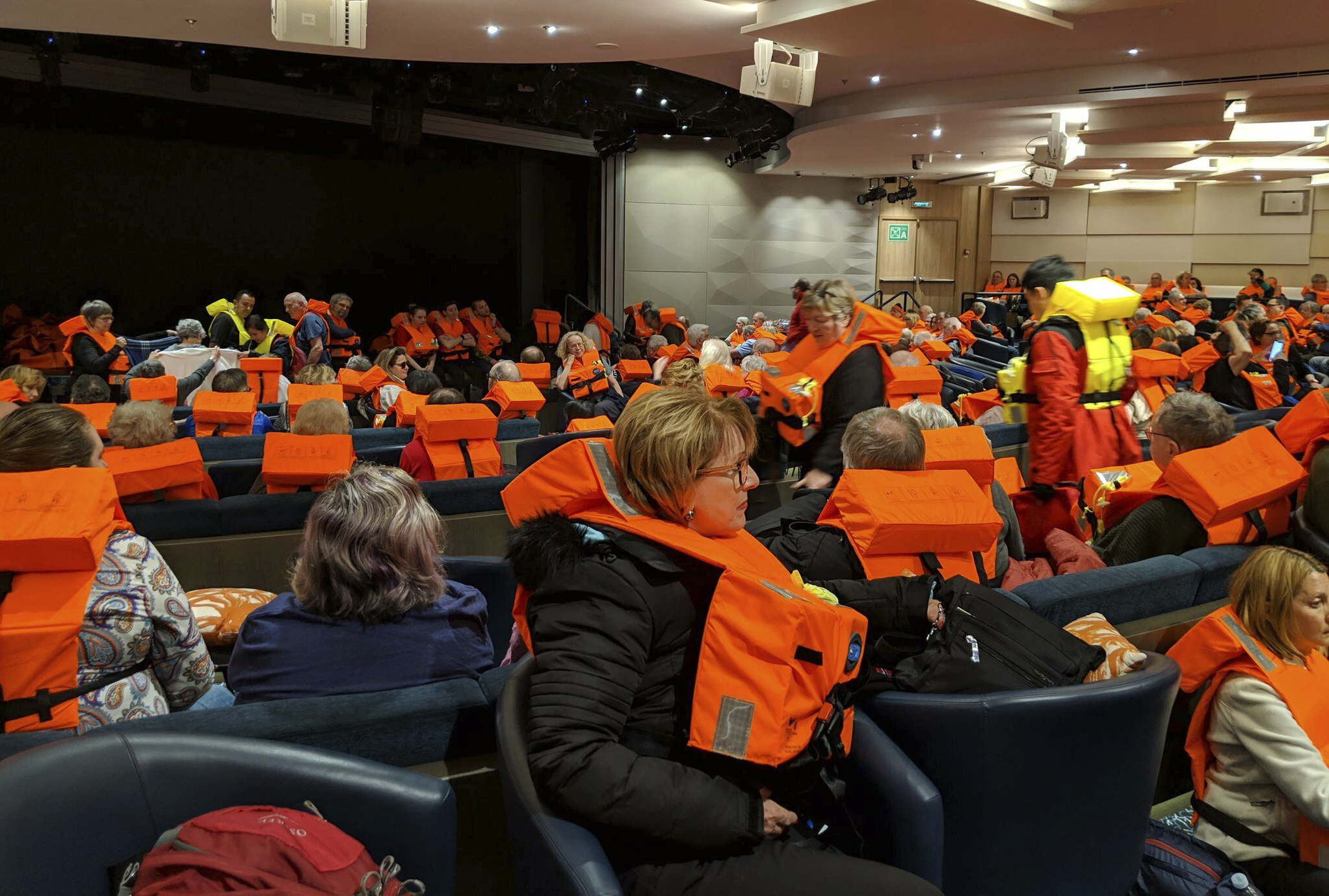 Norway_Cruise_Ship_Mayday_66106-159532.jpg14014327