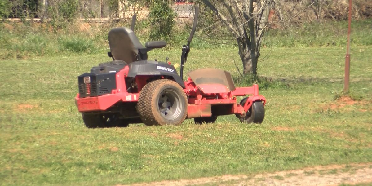 Neighbor offers helping hand after NC boy seriously injured in mower