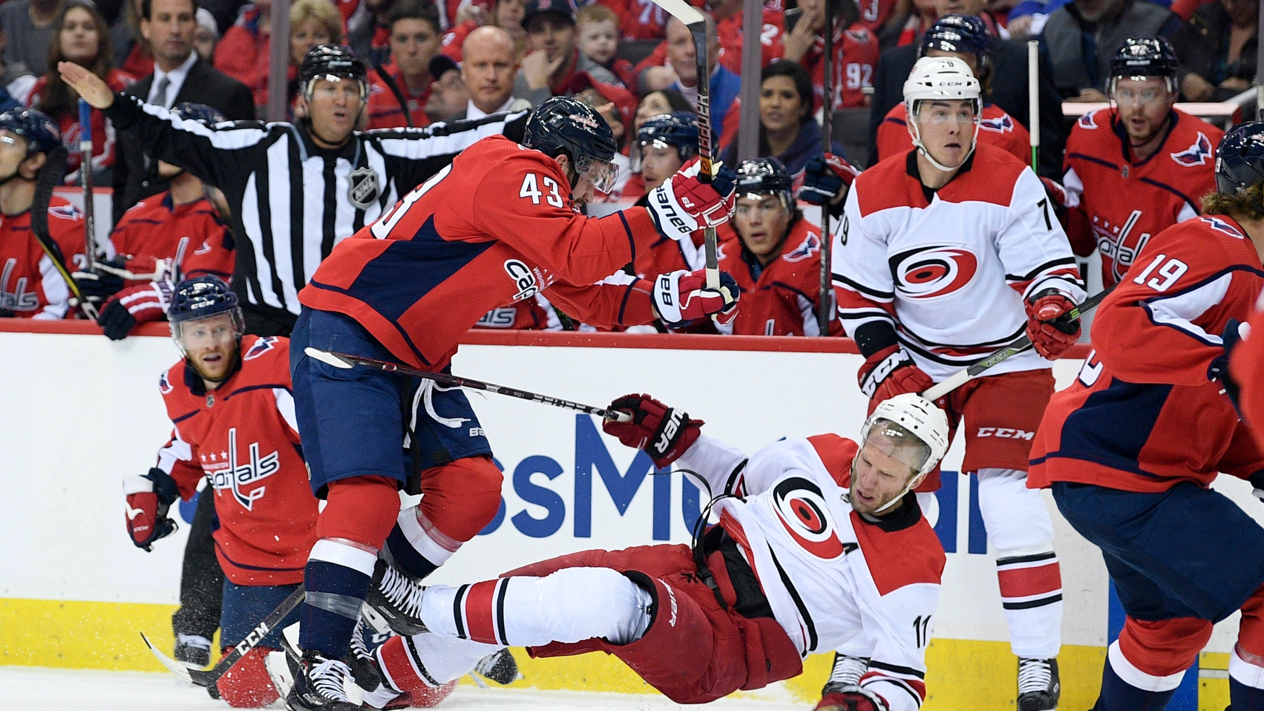 Hurricanes_Capitals_Hockey_15388-159532.jpg94619390