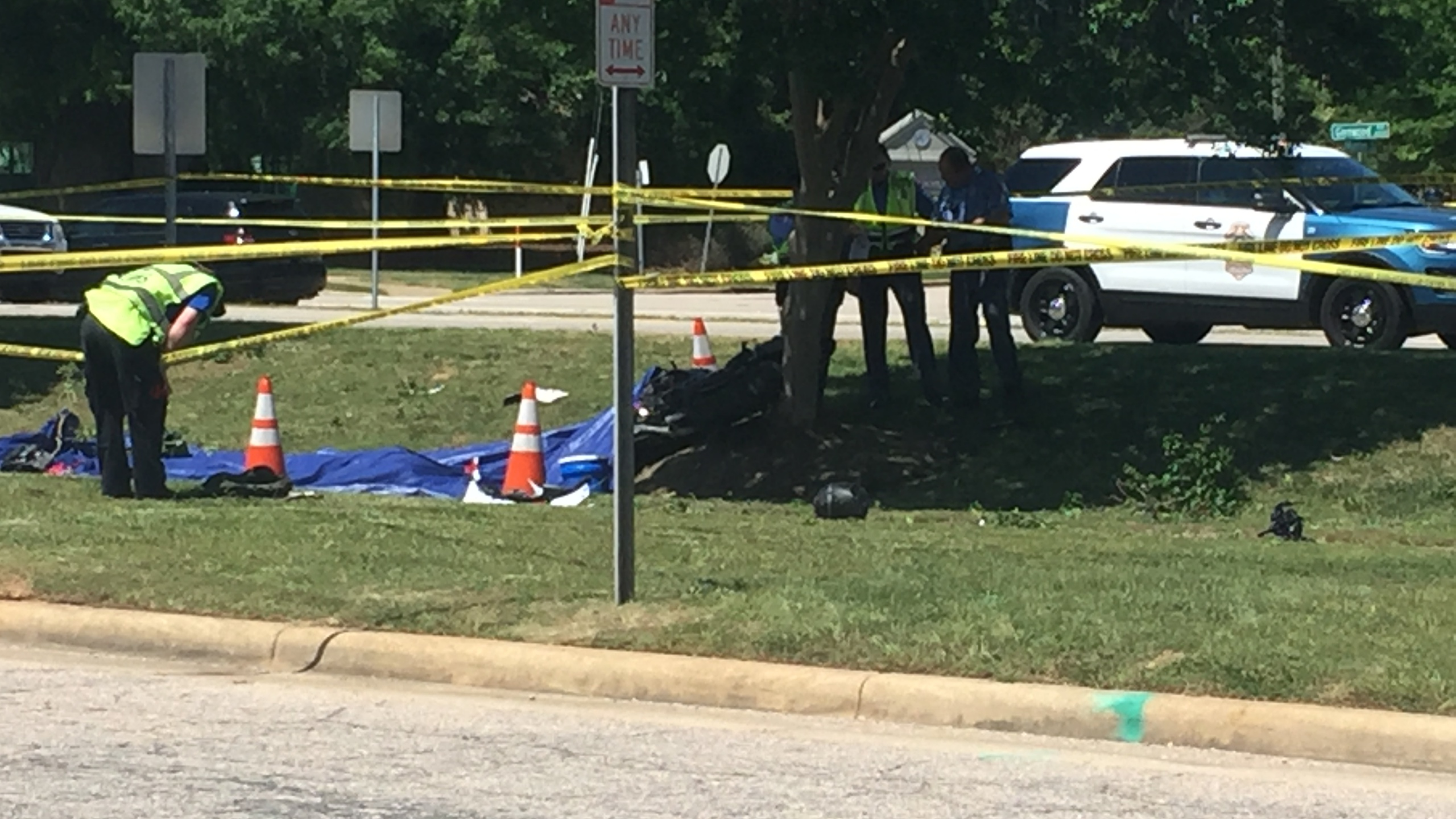 Raleigh police investigate fatal motorcycle crash on Glenwood Avenue