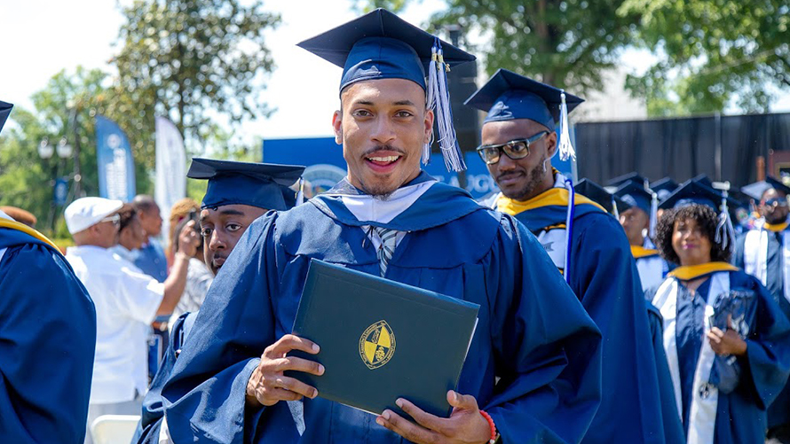graduation_1556820090258.jpg