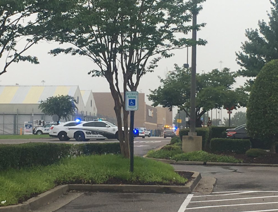 2 Walmart employees killed in shooting at Mississippi store
