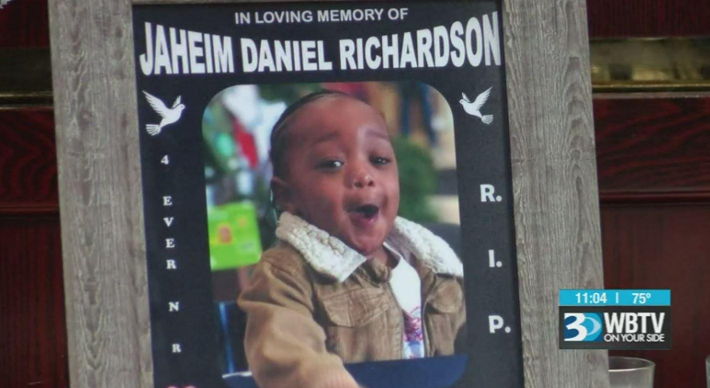 Vigil held for slain NC toddler after mom, her boyfriend