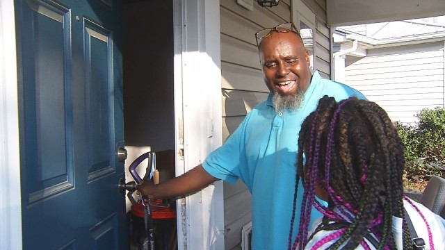 Raleigh veteran evicted after unpaid HOA fees gets keys to home back
