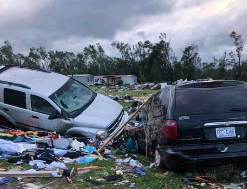 At least 2 dead in NC town following tornado spawned by Isaias