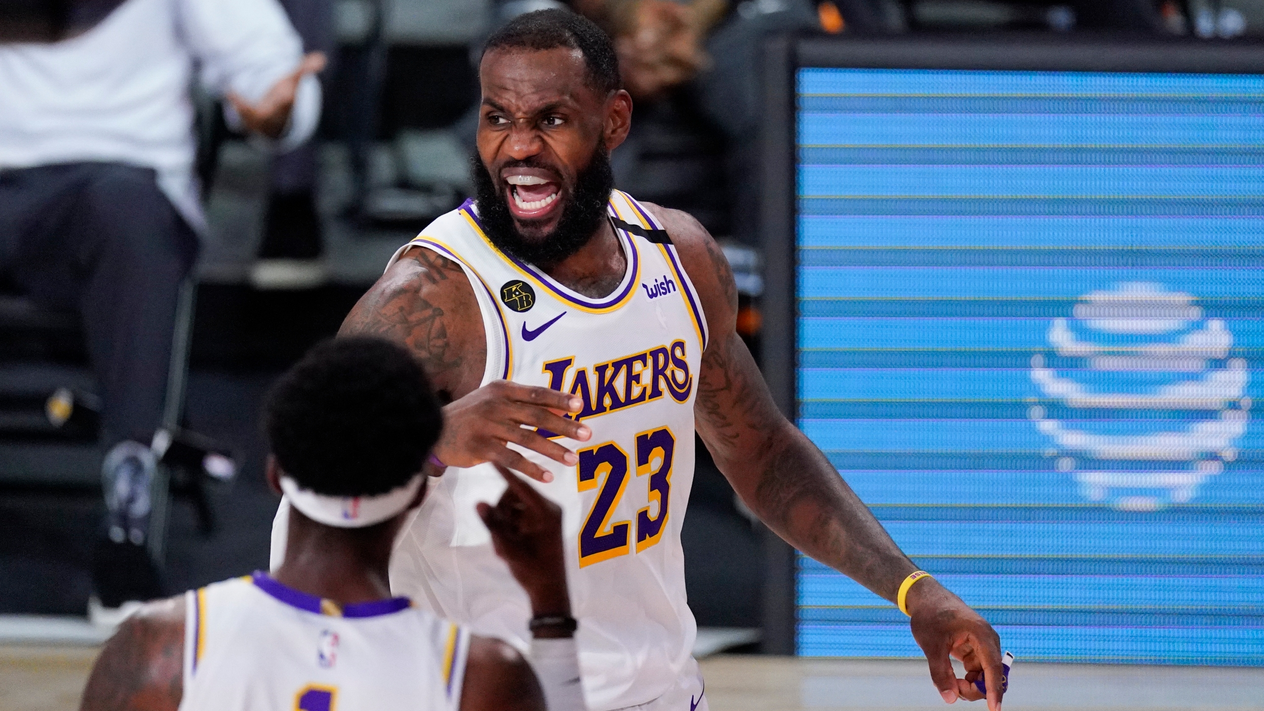 Lebron Rondo Spark Lakers To 112 102 Victory Over Rockets Cbs17 Com